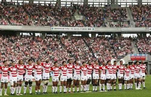 ワールドカップを9月に控え、ラグビー日本代表への期待は高まる(写真:共同通信)