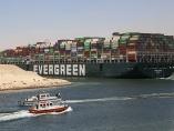 今治造船、スエズ座礁でも船主業継続 背景にリスクの荒波