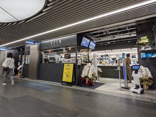 7月1日にオープンした「AZLM CONNECTED CAFE 渋谷地下街店」