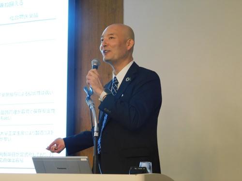 7月12日に投資家向け説明会に出席したステムリムの岡島社長