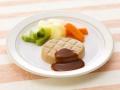 人手不足で需要増、食品メーカーが力を入れる介護食