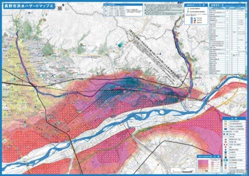 浸水した地域(地図中の青色)だけを残した状態