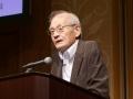 ノーベル賞・吉野氏が予言「2025年、AIEVがやってくる」