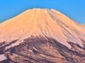 富士山で動画生配信中に滑落、増える安易な山登りの危うさ