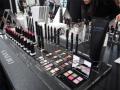 化粧品のブランド体制固まった花王、高級路線で世界を狙う