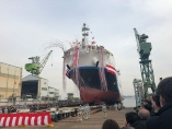 川重が世界初の運搬船、水素は「第2のLNG」になるか