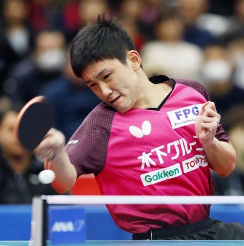東京五輪では張本智和選手の活躍にも期待がかかる(写真:共同通信)
