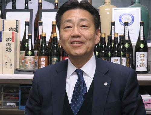 "<span class=""fontBold"">磐栄ホールディングス社長 村田裕之氏</span><br>1960年、大阪生まれ、59歳。大学卒業後、大手生命保険会社に勤務。1993年、磐栄運送入社、2002年、同社社長、2016年、磐栄ホールディングス設立に伴い社長に就任。公認会計士・税理士の資格を持つ。"