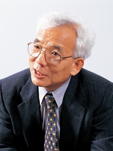 真鍋 淑郎(まなべ しゅくろう)氏