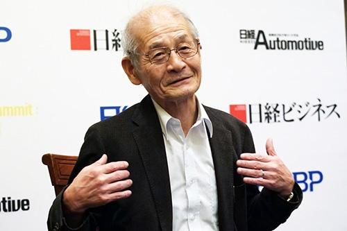 10月23日、日経ビジネスの単独インタビューに応じた吉野氏(写真:新関雅士)。