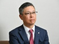 デサント社長独占取材、伊藤忠TOB「うれしくはない」
