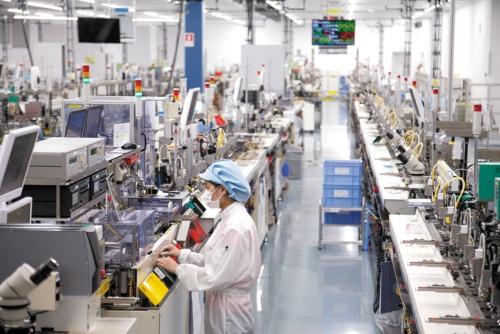 約50年ぶりの時計工場を2016年12月に稼働したシチズン時計マニュファクチャリング(写真=尾関 裕士)