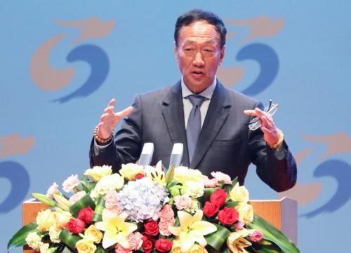 郭台銘氏はiPhoneの受託生産で急成長を遂げた鴻海(ホンハイ)精密工業を率いる(写真:VCG/Getty Images)