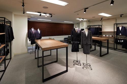 採寸や試着に対応する店舗を拡大中。米国にも進出した