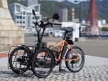 「バイクのKawasaki」の電動三輪車、わずか15時間で完売