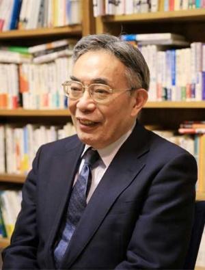 介護業界の課題を語る昭和女子大学の八代尚宏特命教授