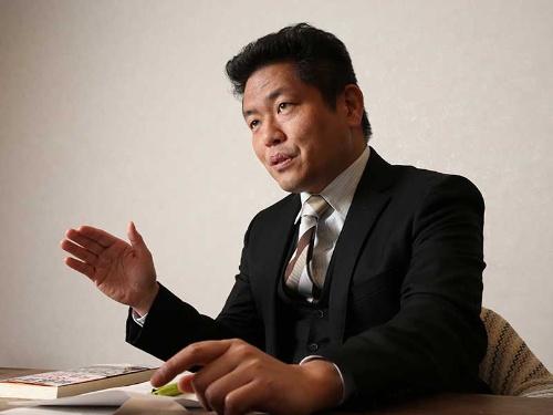 静岡県立大学の中澤秀一准教授は、最低賃金が低すぎると訴える(写真=陶山 勉)