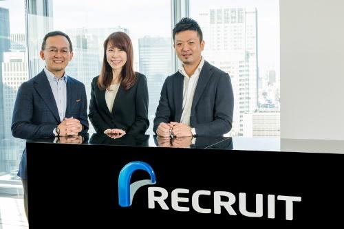 左から株式会社リクルートキャリアの藤井薫氏、杉江則子氏、平野竜太郎氏
