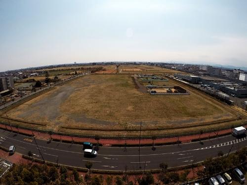 リバイバルプランで閉鎖が決まった村山工場(東京都武蔵村山市)。今は広大な跡地が広がる。