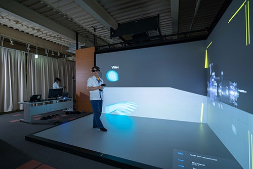 荏原は外部との3D図面上でのやり取りにVRを使う