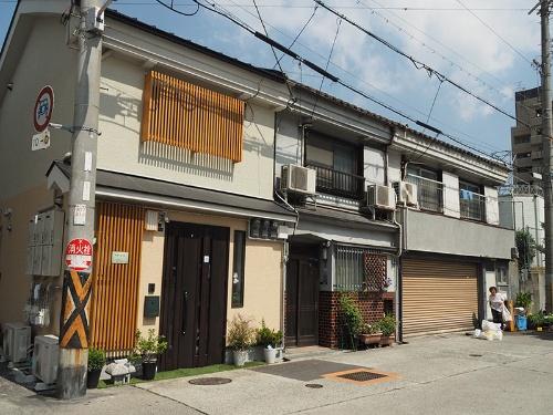 「特区民泊」を導入した大阪市では民泊物件が急増している