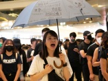 """香港デモ、ショッピングモールに響く""""革命歌"""" - 香港2019(2)"""