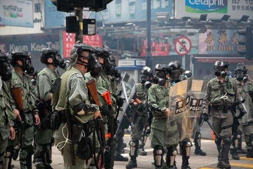 香港政府は超法規的な法を発動させた(写真/的野弘路)