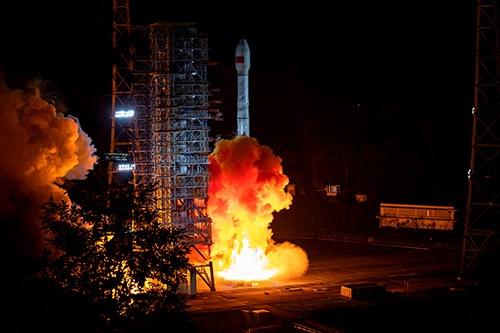 2019年9月、中国は測位衛星システム「北斗」の人工衛星2基を同時に打ち上げた(写真:ユニフォトプレス)