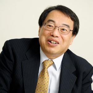 """<span class=""""fontBold"""">加来耕三(かく・こうぞう)</span><br> 歴史家・作家。1958年、大阪市生まれ。奈良大学文学部史学科を卒業後、奈良大学文学部研究員を経て、現在は大学・企業の講師を務めながら、著作活動にいそしんでいる。『歴史研究』編集委員。内外情勢調査会講師。中小企業大学校講師。政経懇話会講師。主な著作に『幕末維新の師弟学』(淡交社)、『立花宗茂』(中公新書ラクレ)、『「気」の使い方』(さくら舎)、『戦国武将学』(松柏社)、『<a href=""""https://www.amazon.co.jp/dp/4296104284"""" target=""""_blank"""">歴史の失敗学 25人の英雄に学ぶ教訓</a>』(日経BP)など多数"""
