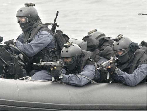伊藤祐靖氏が初代先任小隊長を務めた海上自衛隊・特別警備隊(写真:共同通信)