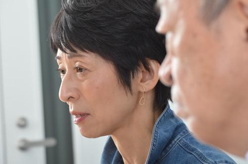 """<span class=""""fontBold"""">増田ユリヤ(ますだ・ゆりや)</span><br> 神奈川県生まれ。國學院大學卒業。27年にわたり、高校で世界史・日本史・現代社会を教えながら、NHKラジオ・テレビのレポーターを務めた。日本テレビ「世界一受けたい授業」に歴史や地理の先生として出演のほか、コメンテーターとしてテレビ朝日系列「グッド! モーニング」などで活躍。日本と世界のさまざまな問題の現場を幅広く取材・執筆している(写真:栗原克己)"""