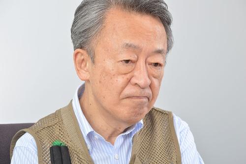 "<span class=""fontBold"">池上彰(いけがみ・あきら)</span><br>1950年、長野県生まれ。慶応義塾大学卒業後、NHKに記者として入局。事件、事故、災害、消費者問題、教育問題等を取材。2005年に独立。名城大学教授、東京工業大学特命教授。海外を飛び回って取材・執筆を続けている(写真:栗原克己)"