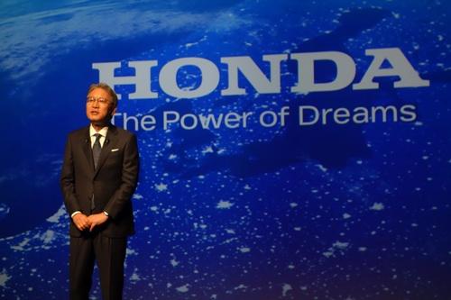 4月1日付で就任したホンダの三部敏宏社長は四輪車販売に占めるEV/FCVの比率を2040年に100%にする目標を示した