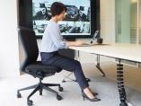 ホンダ、特許5万件をAIが仕分け 内田洋行と「抗ウイルス椅子」