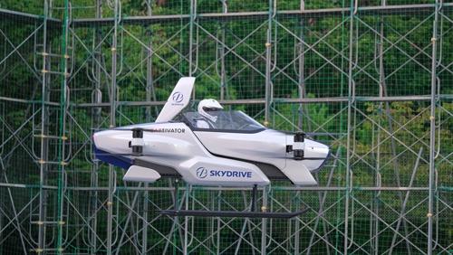 公開有人飛行実験に成功したスカイドライブの「SD-03」
