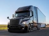 ダイムラーとウェイモ提携 自動運転トラック、日本勢周回遅れに?