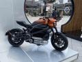 ハーレーが初の電動バイク モーター駆動でも「野性味」守れるか