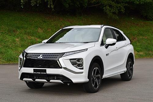 三菱自動車の新型 SUV「エクリプスクロス」。PHVモデルを追加した