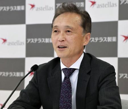アステラスの安川健司社長CEO。「新しいビジネスモデルを模索する段階は脱した」と話した