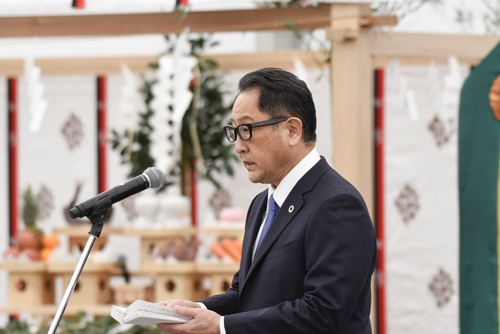 静岡県裾野市に建設するウーブン・シティの地鎮祭には豊田章男社長も出席した