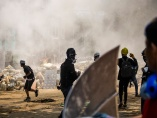 抗議デモの死者180人 「このままではミャンマーはもっと悲惨に」