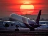 タイ航空、破綻招いた放漫と利権 新型コロナで国民の怒り頂点に