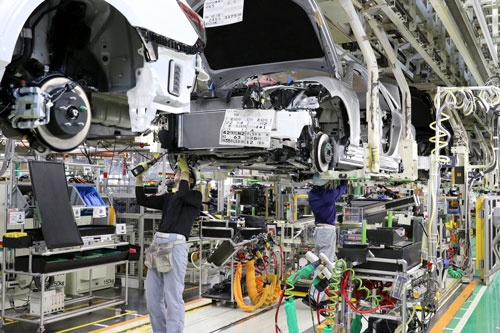 半導体不足に東南アジアからの部品調達の停滞が追い打ちとなり、トヨタは9月の世界生産を大幅に減らすことを余儀なくされた。写真はトヨタ元町工場(写真:つのだよしお/アフロ)