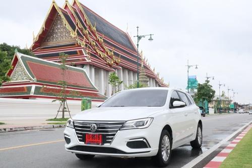 中国・上海汽車が現地財閥と組みタイで展開するEV「MG EP」。100万バーツを切る価格で注目を集めた
