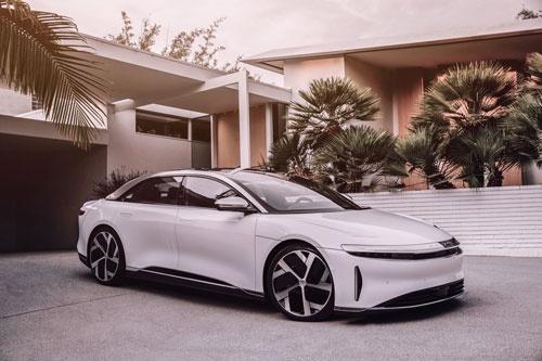 約8万ドルで販売予定の高級EV「ルーシッド・エア」