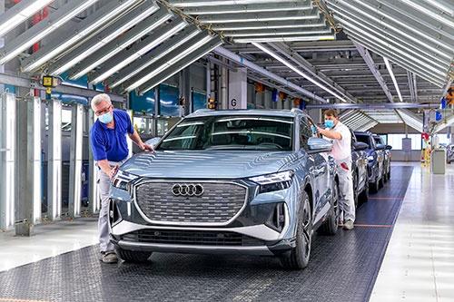独アウディは6月22日、2026年以降に発売する新型車は全てEVにすると発表した