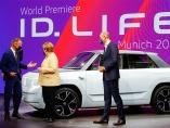 EVシフトで自動車メーカーが注意すべき、欧州の脱炭素「錬金術」