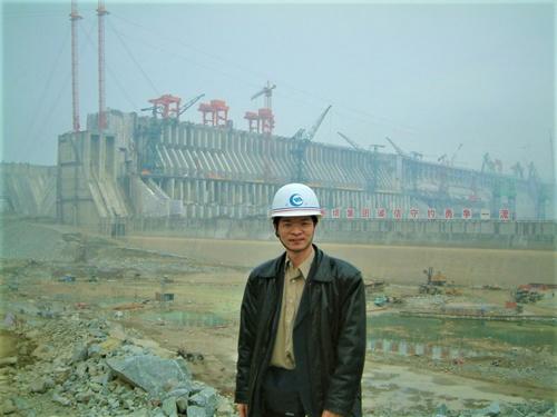 三峡ダムの建設当時に長江流域への影響を調べていた徐開欽主席研究員