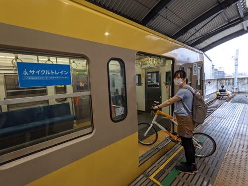 西武多摩川線で自転車を車内に持ち込める「サイクルトレイン」の運行が始まった