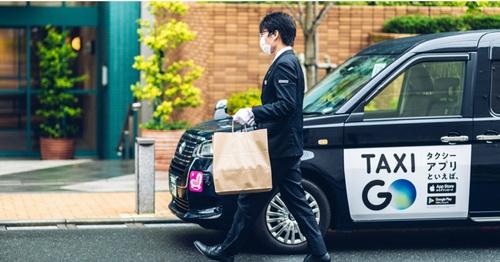 「GO Dine」は高級店の食事をタクシーで宅配する新サービス。配送品質の高さも売りだ